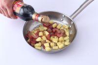 腊肉土豆焖饭的做法步骤2