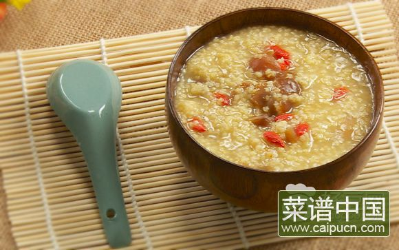 小米桂圆粥