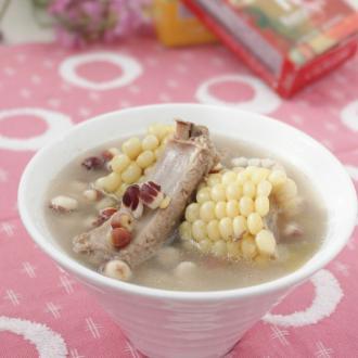 芡实玉米排骨汤