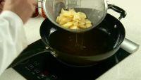 西红柿炒土豆片的做法步骤2