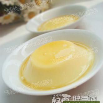 焦糖鸡蛋牛奶布丁