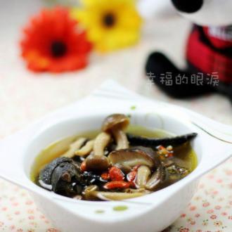 乌鸡蘑菇汤