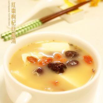 红枣枸杞豆腐汤