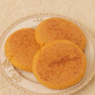 豆渣玉米面饼子