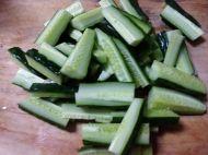 黄瓜咸菜的做法步骤2