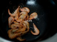 油爆虾的做法步骤4