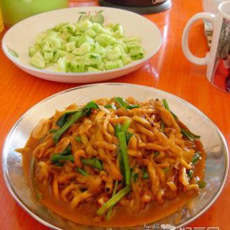 韭菜炒茄丝