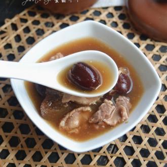 红枣瘦肉炖阿胶