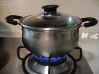 栗子凤爪汤的做法步骤6