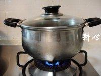 栗子凤爪汤的做法步骤7