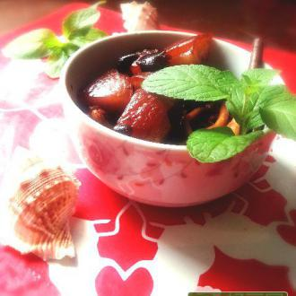红烧肉炖茶树菇