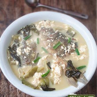 豆花酸菜鱼头汤