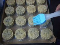 桂花红豆蓉月饼的做法步骤19
