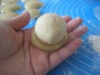 广式莲蓉蛋黄月饼的做法步骤14