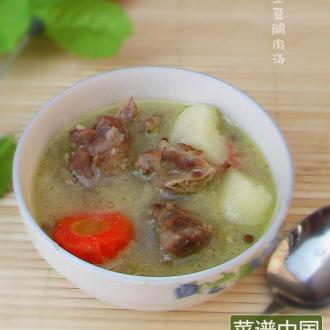土豆炖鹅肉