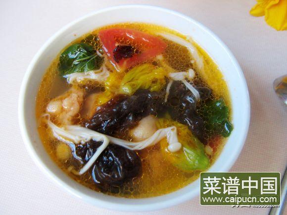 金针菇杂蔬汤