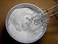 3D小黄人裱花蛋糕的做法步骤12