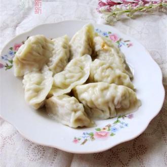 包菜肉饺子