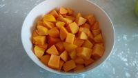 糖水黄桃的做法步骤3