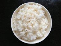 鸡蛋米饭煎饼的做法步骤1