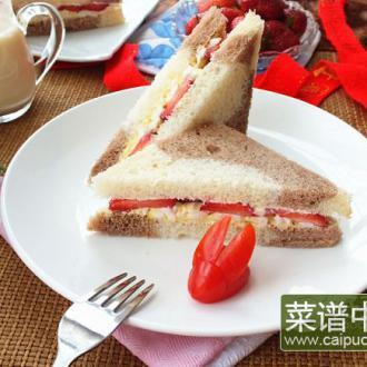 草莓鸡蛋三明治