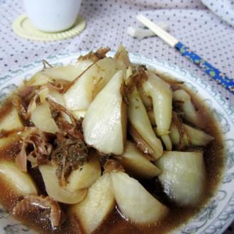 明油笋干菜煮茭白