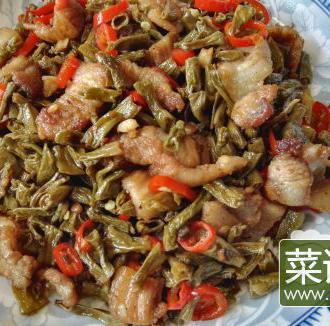 卜豆角炒五花肉