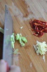 清炒绿豆芽的做法步骤9