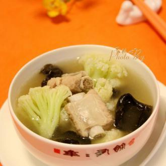 菜花木耳排骨汤