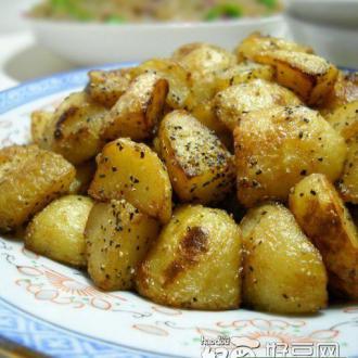 微波香烤孜然土豆