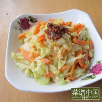 胡萝卜炒包菜