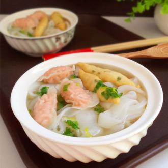 鱼丸虾饺汤河粉