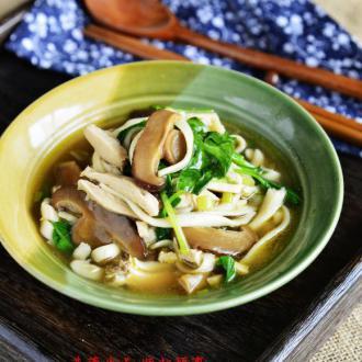 鸡丝花菇炝锅面