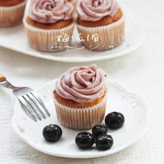 蓝莓杯子蛋糕