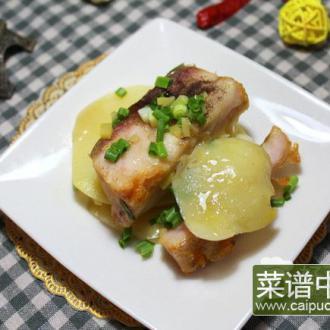 土豆片蒸青鱼