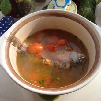 圣女果小番茄鱼汤