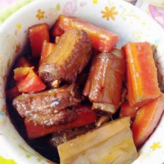 莲藕萝卜烧排骨