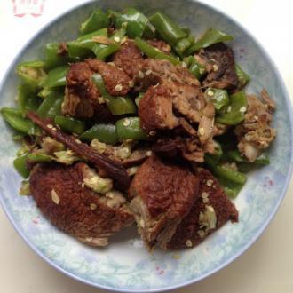 青椒炒板鸭