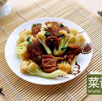葱香菜花炒板鸭