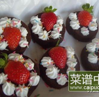 蔓越莓巧克力草莓蛋糕