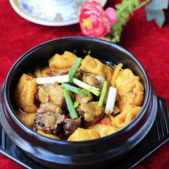 石锅油豆腐鸡