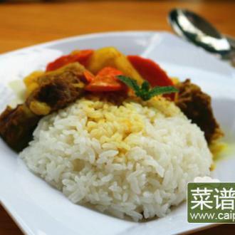 咖喱牛腩盖浇饭