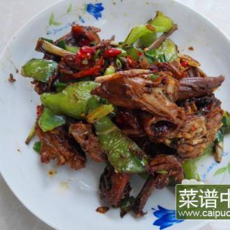 青椒炒卤鸭