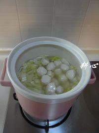 鱼丸大酱汤的做法步骤6