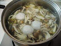 蟹味菇鱼丸汤的做法步骤5