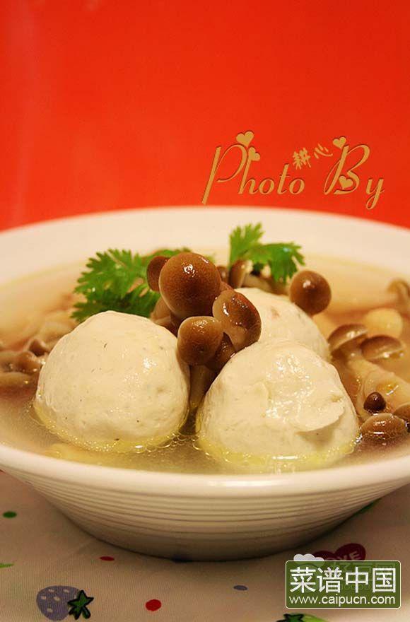 蟹味菇鱼丸汤