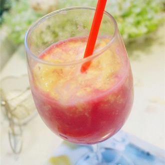 奶香西瓜汁