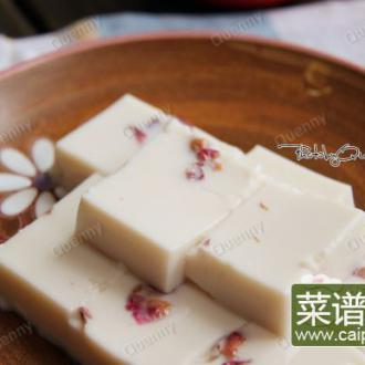 玫瑰杏仁豆腐