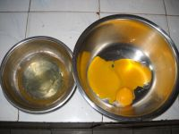 椰香裸蛋糕的做法步骤1