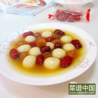 龙眼红枣煮汤圆